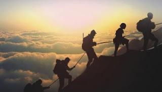 Melihat Karekter Seseorang Dari Cara Naik Gunung