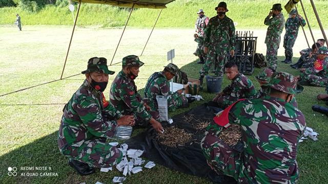Latih Kemampuan, Personel Jajaran Kodim 0207/Simalungun Laksanakan Latihan Menembak Senjata Ringan
