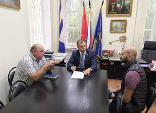 Сергей Вострецов на встрече с избирателями