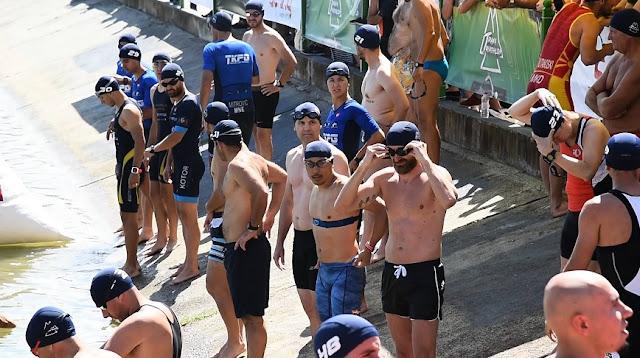 swimmers in tirana triathlon 2019