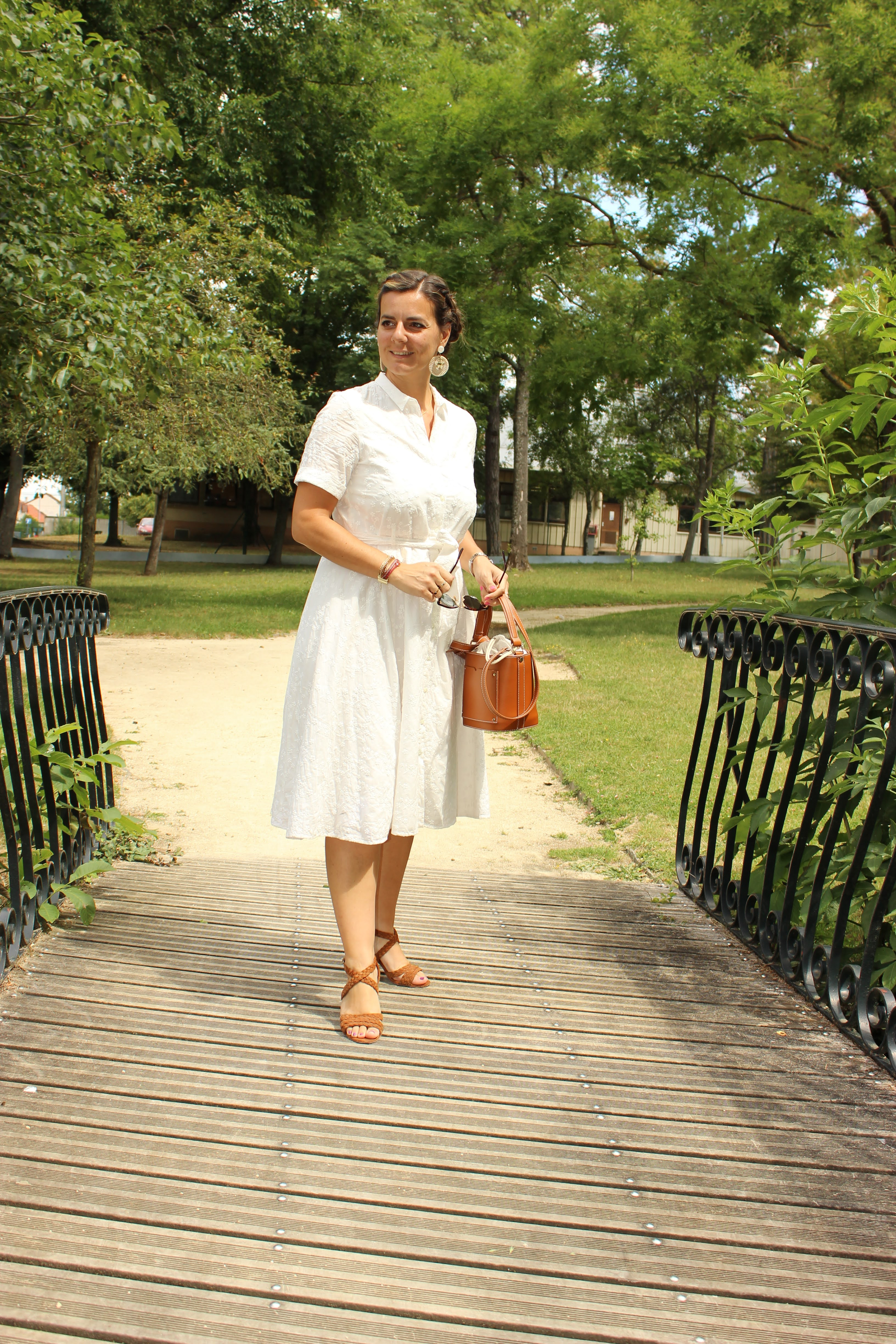 Robe blanche sézane, summer look, les petites bulles de ma vie