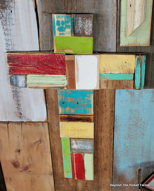 patchwork cross, reclaimed, salvaged, wood scraps, rustic cross, http://bec4-beyondthepicketfence.blogspot.com/2016/02/more-rustic-crosses-and-finding-waldo.html