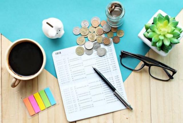 Menjadi Kaya dengan Memahami Cara Kerja Uang;