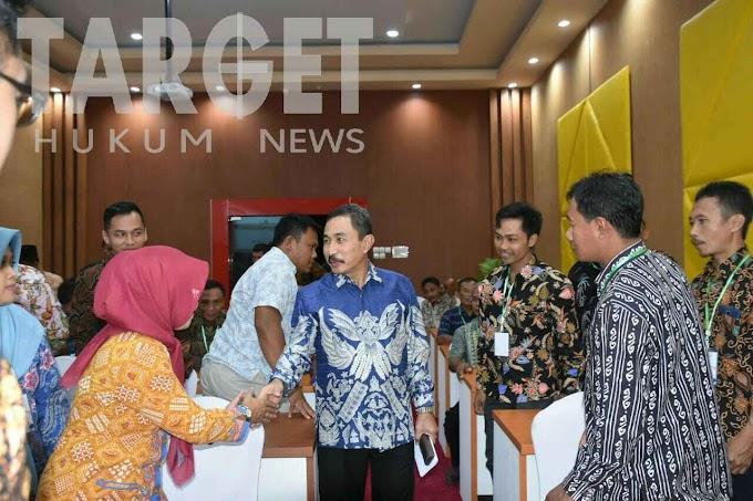 Beri Pembekalan Cakades Terpilih, Bupati Haryanto Minta Pemerintah Desa Dijalankan Sesuai Regulasi