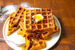 Easy & Delicious Pumpkin Waffles