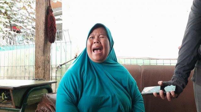 Suara Aneh Disusul Bau Menyengat Muncul dari Rumah Pelaku Mutilasi, Ibu Korban Pingsan Berkali-kali