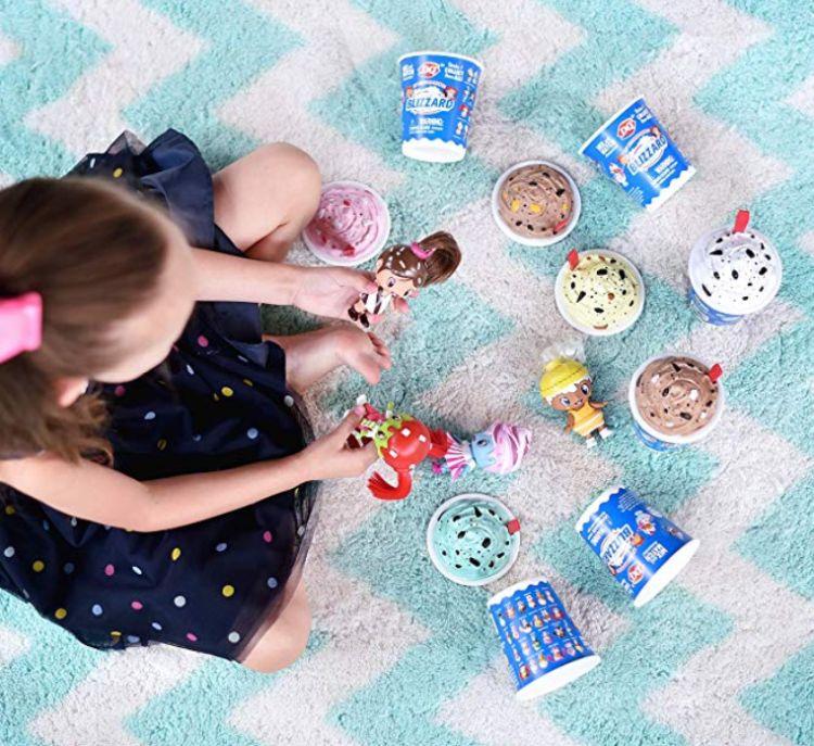 Сюрпризы в мороженом Lil Blizzard Friends