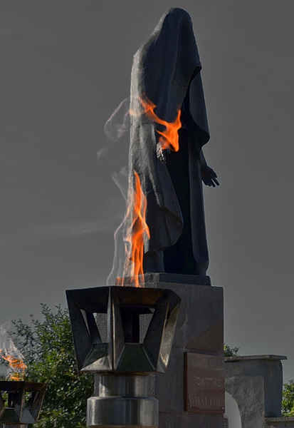 """Мемориал """"Жертвам фашизма"""" в Дубоссарах Шойхет"""