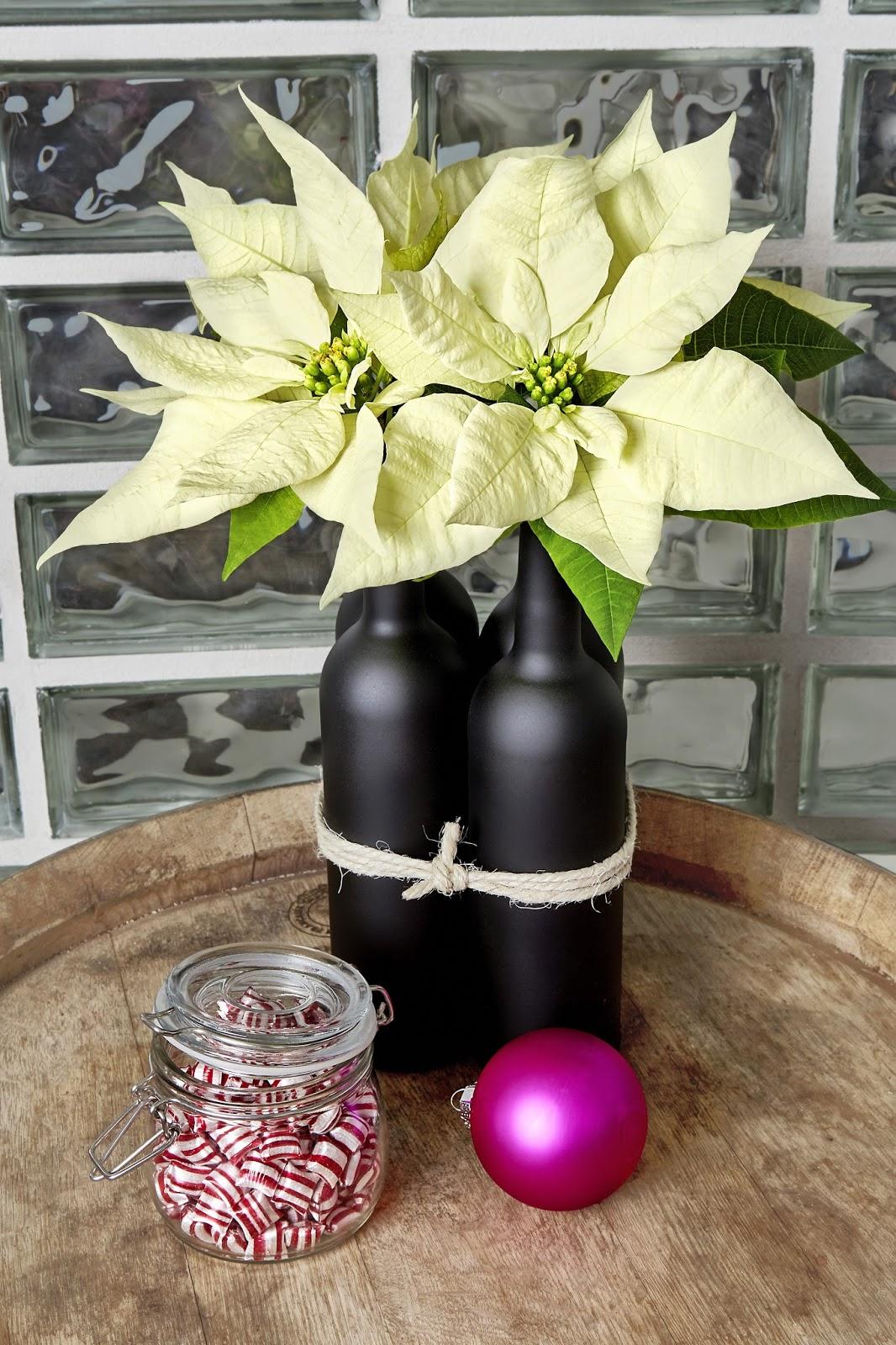 Como Hacer Un Centro De Flores Utilizando La Flor De Poinsettia - Como-hacer-centro-de-navidad