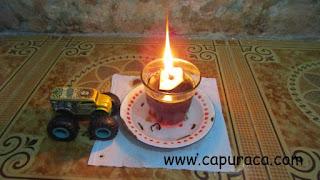 Membuat lilin darurat dengan bahan seadanya