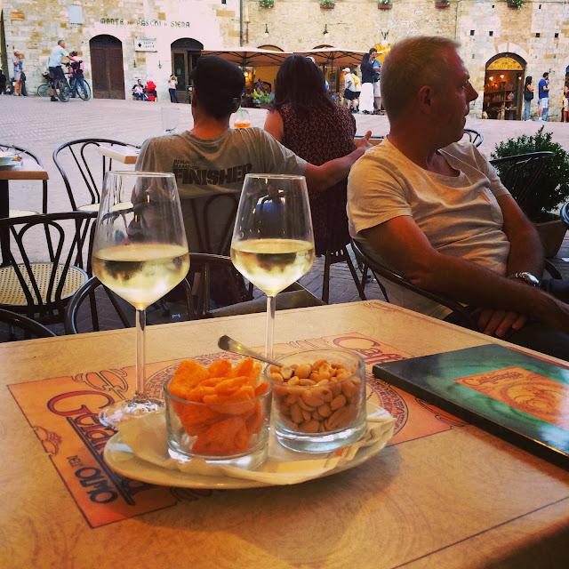San-Gimignano-Tuscany-Glam-Italia-Tour-09