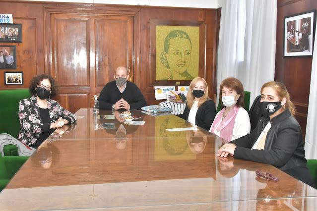 Pablo Zurro recibió a Nathalie Lacoste Yebra y autoridades de la Alianza Francesa