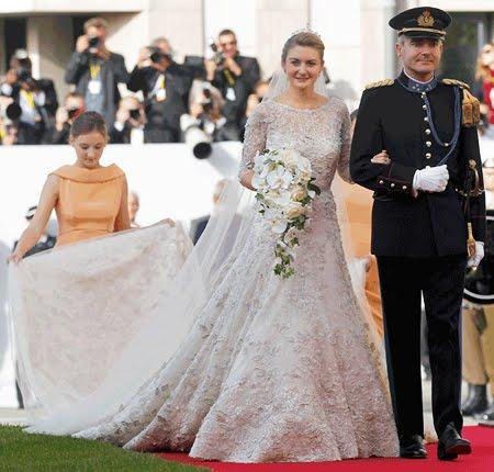Elie Saab Couture булчинската рокля на Стефани