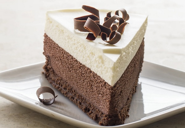 How chocolate mousse cake works