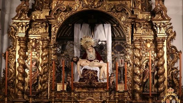 Los titulares de los Servitas de Sevilla regresan a la capilla