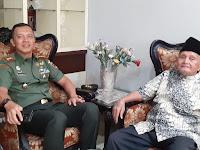 Danrem 141/ Tp Kolonel Inf Suwarno, S.A.P  Kunjungi Kediaman Brigjen TNI (Purn) Bachtiar Karaeng Leo