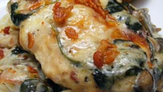 فراخ فلورانتين chicken florentine بالسبانخ والمشروم والصوص الأبيض الإيطالية