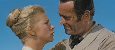 Dorothy Malone y Henry Fonda - Warlock