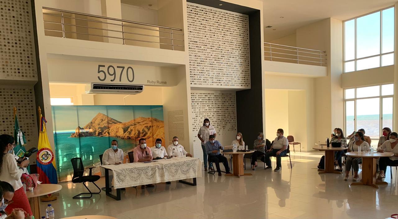 https://www.notasrosas.com/Supersalud vigila acciones contra Mortalidad Infantil por Desnutrición, en La Guajira