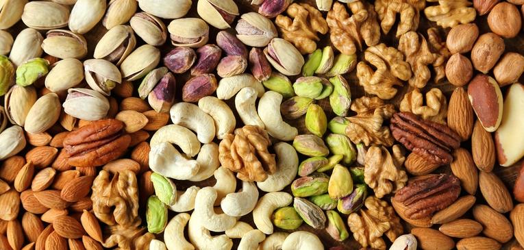 Castanhas: Benefícios do Selênio e antioxidantes, e rica em nutrientes