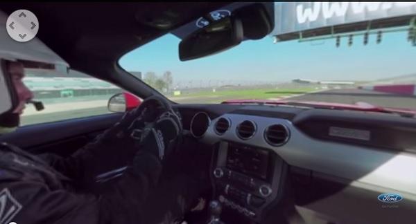 Este vídeo a bordo de un Ford Mustang es realmente impresionante (vídeo)