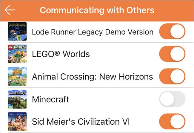 """مثال على تمكين أو تعطيل """"التواصل مع الآخرين"""" لألعاب معينة في Switch أدوات الرقابة الأبوية."""