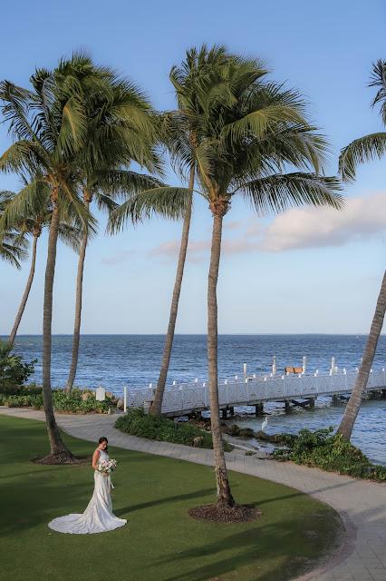 kings crown lawn wedding at south seas island resort captiva