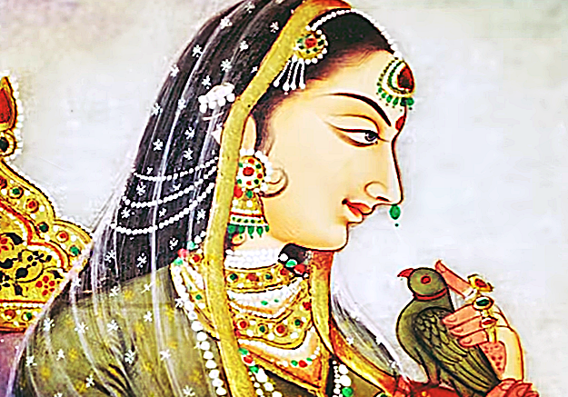 padmavati with her talking intelligent parrot