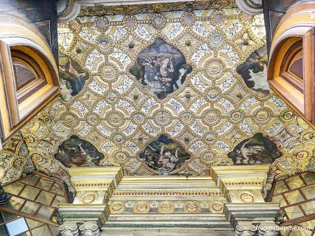 Decoração do forro da Igreja de São Francisco, Quito, Equador