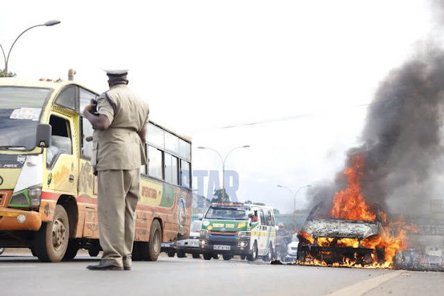 Mercedes Benz coaught fire along Thika superhighway