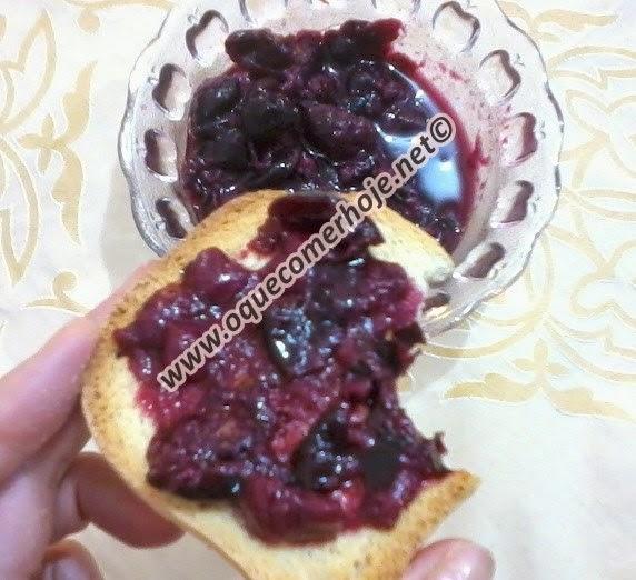 Como fazer doce de jabuticaba com casca caseiro - receita passo a passo com dicas!