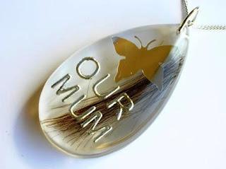 Memorial pendant for a lock of hair