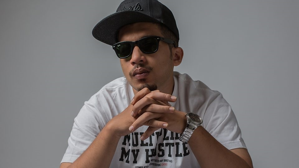 Naezy Rapper (Naved Shaikh) Biography, Height, Weight, Age, Wiki & More