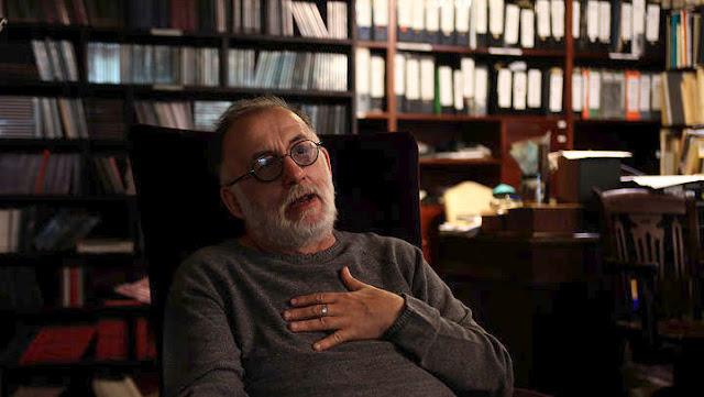 Θλίψη σε όλη την Ελλάδα από τον θάνατο του Θάνου Μικρούτσικου