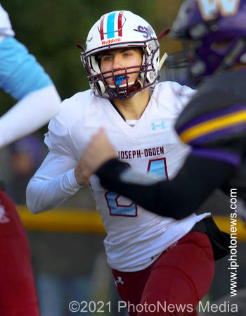 John Michael Ehmen plays defense for St. Joseph-Ogden in 2019