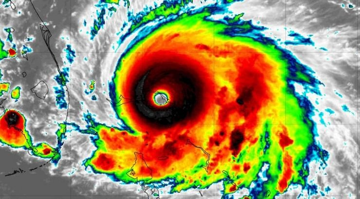 Terrifying Category 5 Hurricane Dorian Hit Bahamas With 220 MPH Wind Gusts