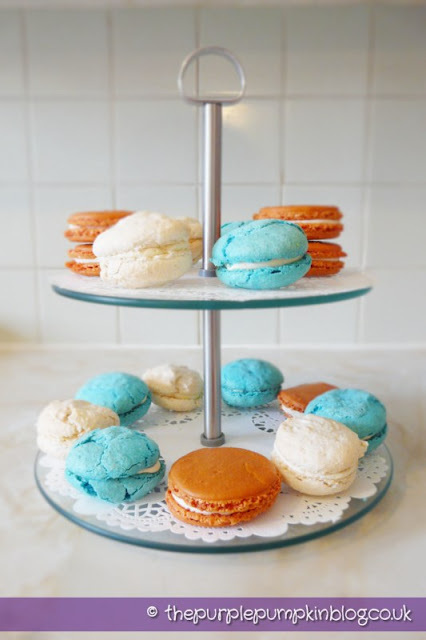 Her Majesty's Macarons (Macaroons)