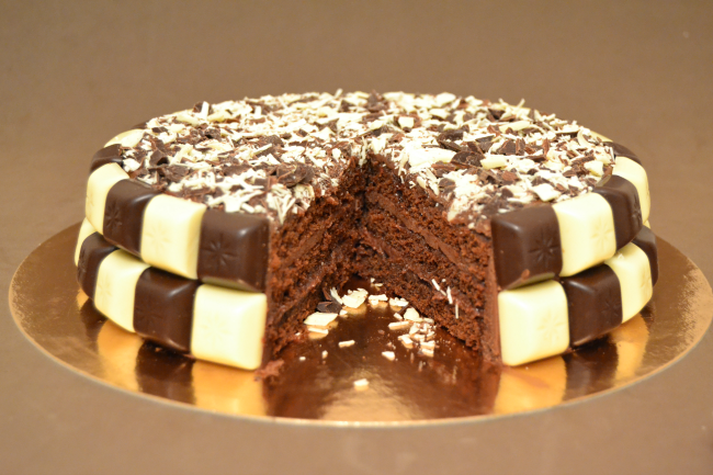 tarta-rellena-de-chocolate