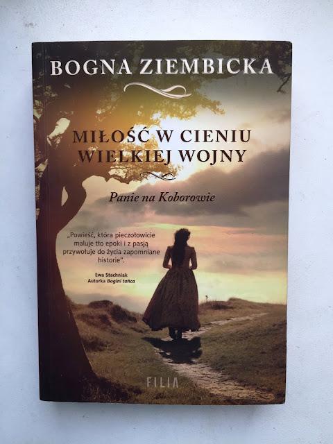 """Recenzje #108 - """"Miłość w cieniu wielkiej wojny"""" - okładka książki pt.""""Miłość w cieniu wojny"""" - Francuski przy kawie"""
