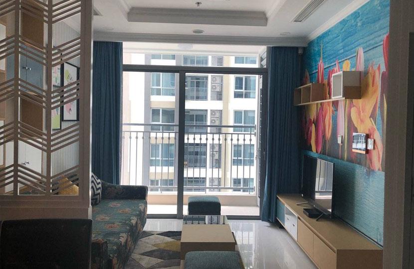 Cho thuê Vinhomes 2 phòng ngủ quận Bình Thạnh tại block Landmark 6