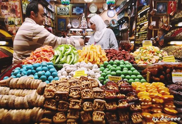 Bazarul-Egiptean-Istanbul-actractii-turistice
