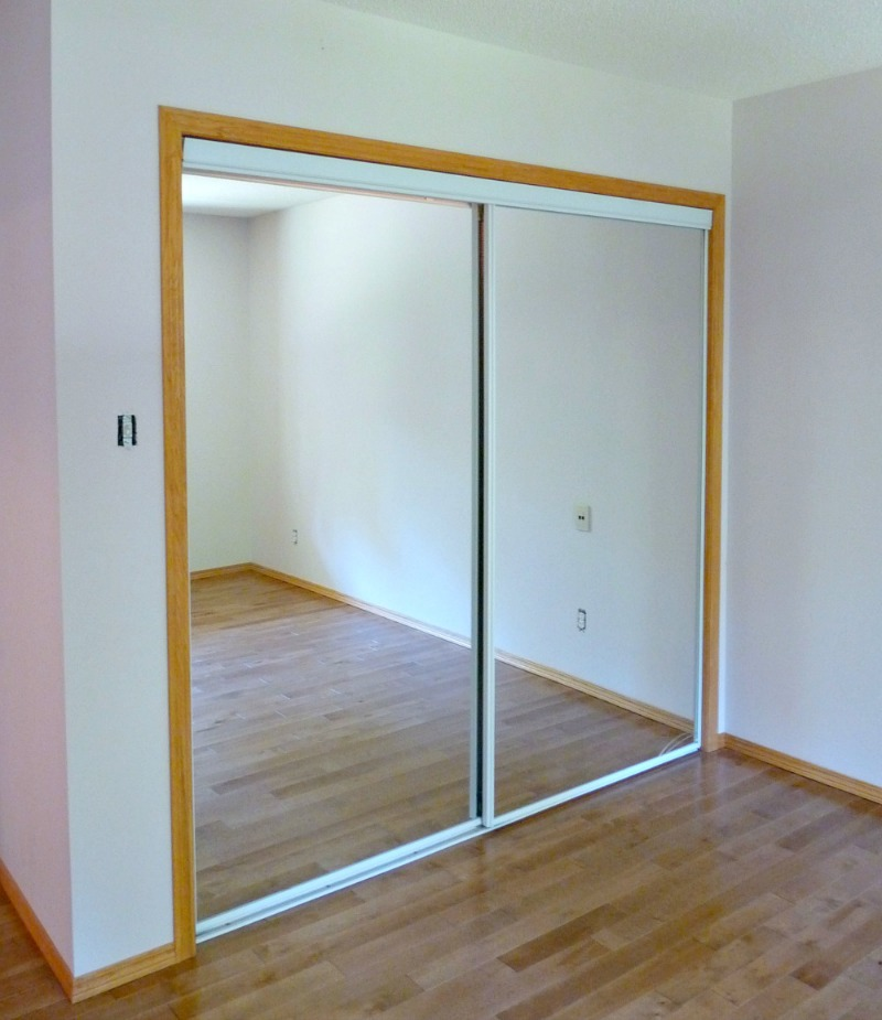 Broken mirrored sliding door
