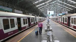 Bharat me fir kab se chalu hoga local train