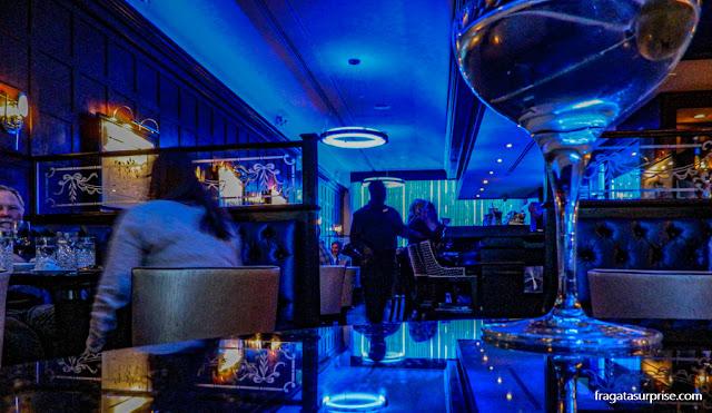 Happy hour no Blue Bar do Hotel Algonquin