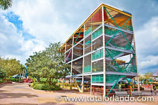 http://www.totalorlando.com/slideshow.asp?Img=99&Type=ParkEntertainment