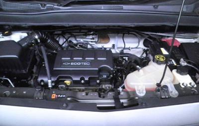 Foto Mesin Chevrolet Spin 1.3 Liter