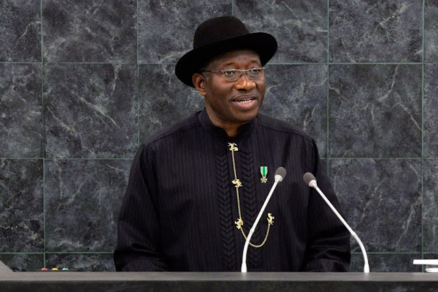 Goodluck Jonathan Salutes Clinton, Says It Takes Great Sacrifice To Concede Defeat