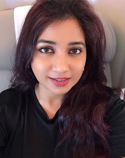 shreya ghoshal old pictures