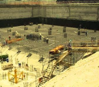 A large raft foundation waiting for casting