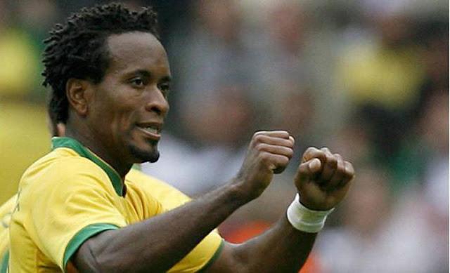 Зе Роберто: Неймара нужно лишить капитанской повязки в сборной Бразилии